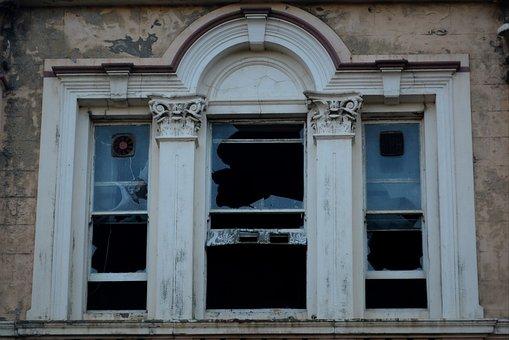 Rhombus, Dilapidated Building, Vandalism
