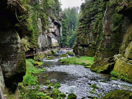Gorges In Hřensko, Bohemian Switzerland, Gorge, Rock