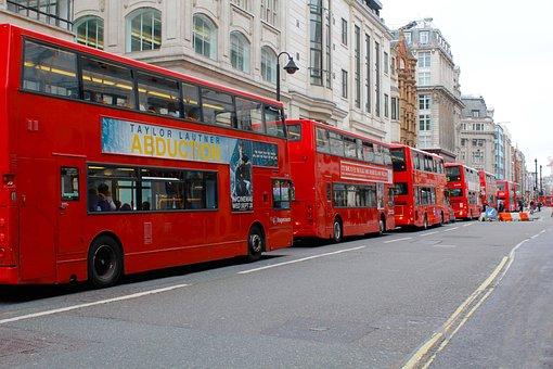 Buses, Tourists, Ahren, England