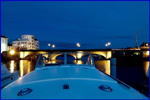 Athlone, Bridge, Ireland, Shannon, Boot, Night