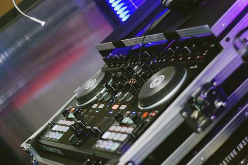 Dj, Disc Jockey, Nightlife, Night Club, Clubbing, Music