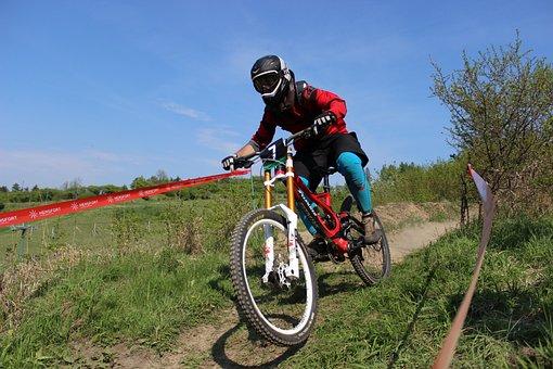 Bike, Helmet, Rally, Race, Cyclist, Downhill, Racing