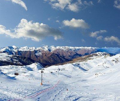 Skiing, Skis, Snow, Winter, Sport, Skier, Mountain