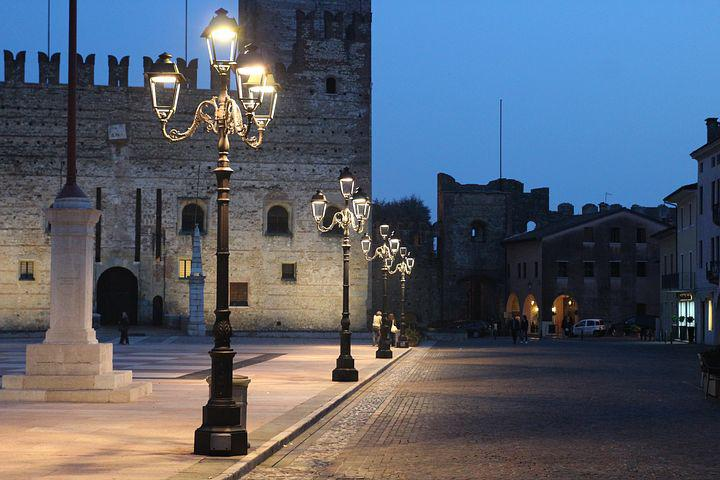 Street Lights, Light, Italy, Marostica, Castle