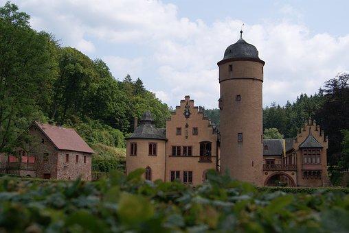 Wasserschloss Mespelbrunn, Moated Castle, Mespelbrunn