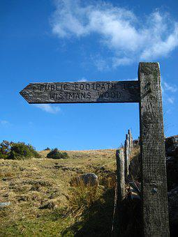 Wistman Woods, Dartmoor, Devon, Public Footpath Sign