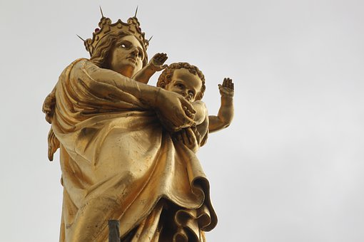 Marseille, The Good Mother, Gold