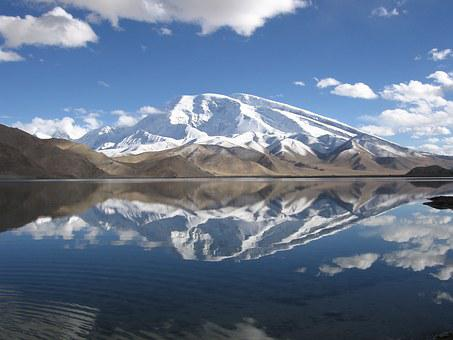 China, Karakolsee, Snow Mountain, Muztagh Ata