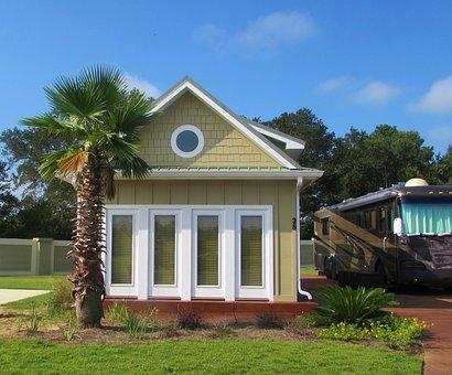 Home, Little House, Motor Coach, Rv, Resort, Lifestyle