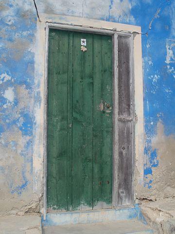Green, Doors, Entrances, Buildings, Blue, Walls, Old