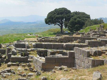 Pergamon, Turkey, Excavations, History, Ruins