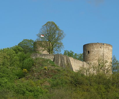 Castle, Stad Blankenberg, Bergisches Land, Towers