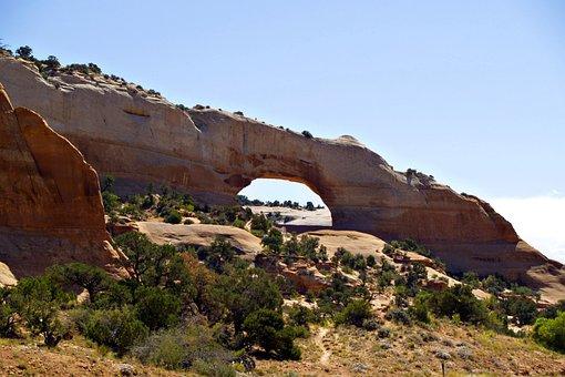 Wilson Arch, Monument, Valley, Arizona, Usa, Arch