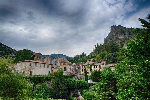 Saint-guilhem, Village, France