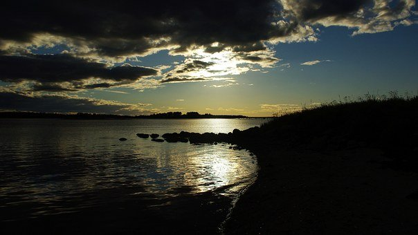 Gloomily, White Sea, Sun, Heavy Clouds, Evening, Sunset