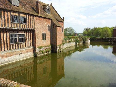 Kentwell Hall, Suffolk, Moat, Castle, Reflection