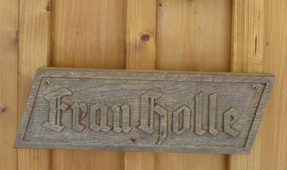 Wooden Sign, Fairy Tales, Mrs Holle