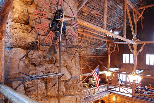 Old Faithful Inn, Yellowstone, Wyoming, Usa, Clock