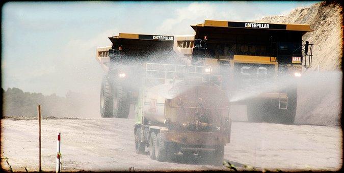 Caterpillars, Vehicles, Trucks, Spray, Water, Watering