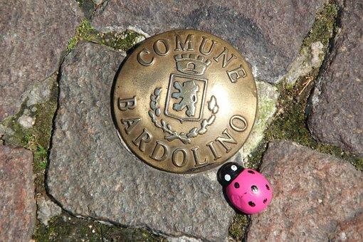 Bardolino, City brand, Garda, Italy, Ladybug, Magenta