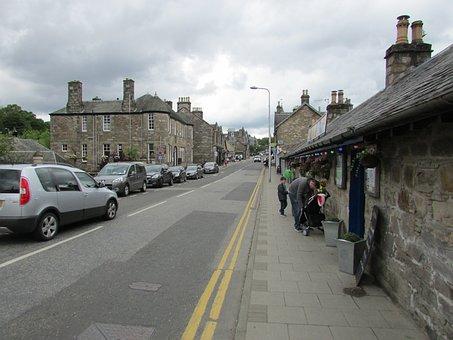 Scotland, Pitlochry, Street, Road, Road Marking