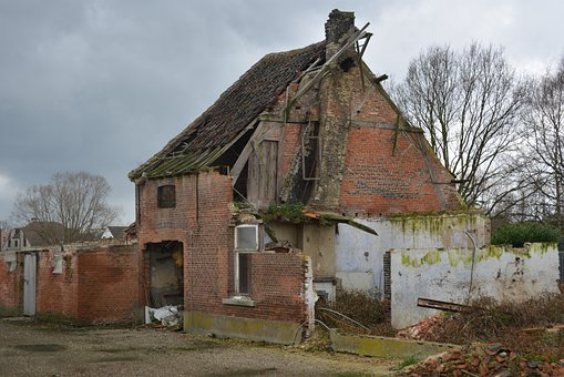 House, Dilapidated House, Ruin, Damage, Krot, Building