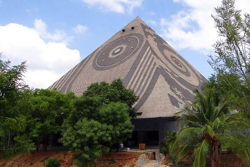 Giant Pyramid, Meditation, Yoga, Pyramid Valley