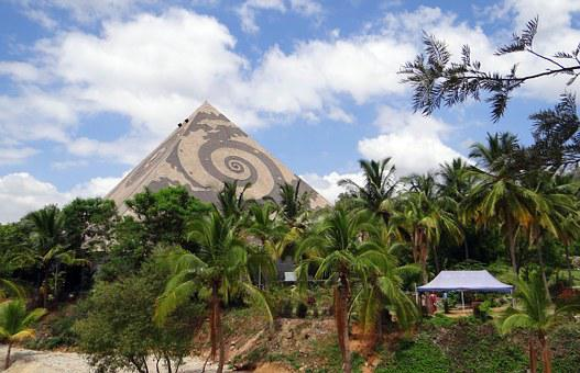 Giant Pyramid, Meditation, Yoga, Pyramid Valley