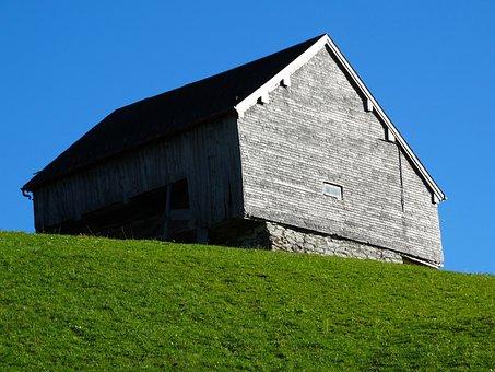 Wood Barn, Mountain Barn, Green Meadow, Berghäuser