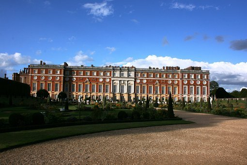 Palace, Hampton Court, England, Blue Sky, Uk