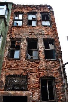 Ruin, Brick Building, Balat