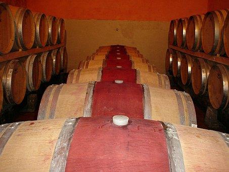 Frescobaldi, Castelgiocondo, Wine Cellar, Wine Barrels