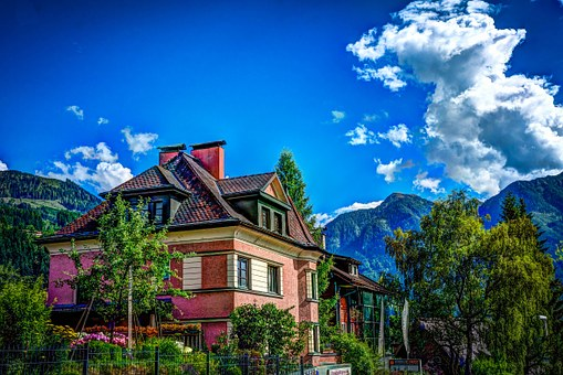 House, St Johann, Austria, Alps, Mountains