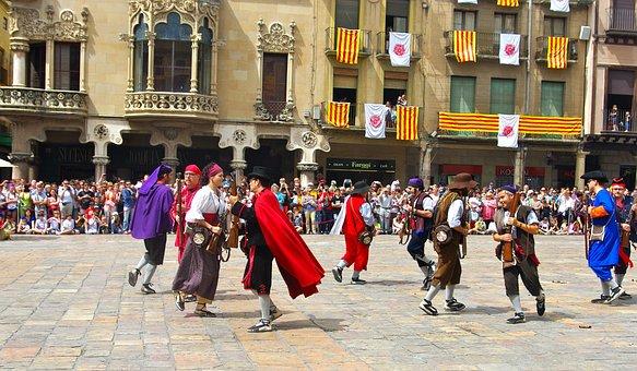 Ball Del Carrasclet, Event, Reus, People, Show, Square