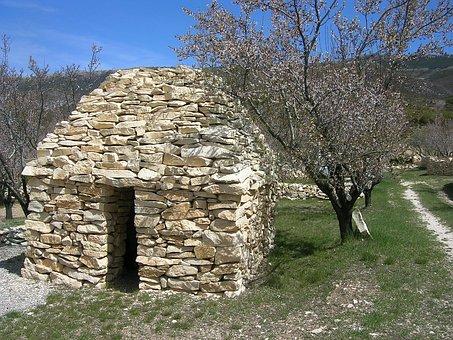 France, Provence, Berger, Shelter Stones, Cabin