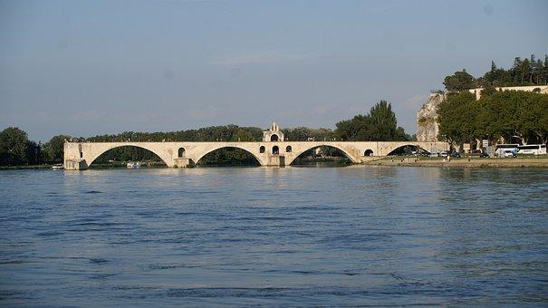 Avignon, Bridge, Sur Le Pont, History