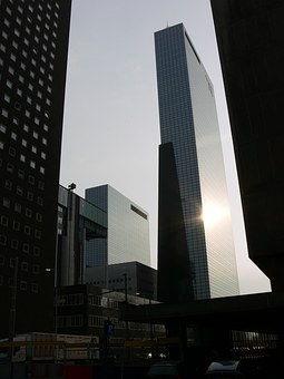Rotterdam, Hofplein, Building
