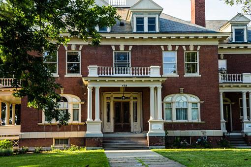 Houe, Building, Burlington, Vermont, Summer