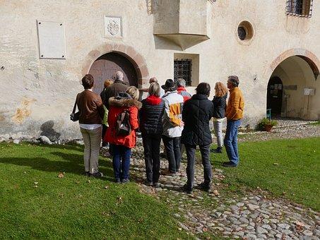 Museum, Queue, Visitors