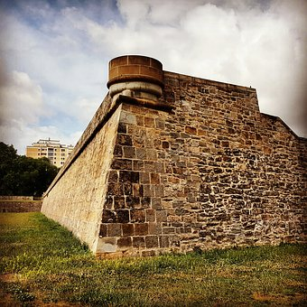Wall, Citadel, Pamplona Fortification