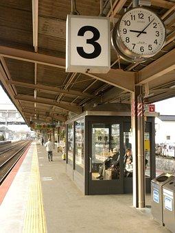 Station, Pendulum, Time Dock, Train, Three