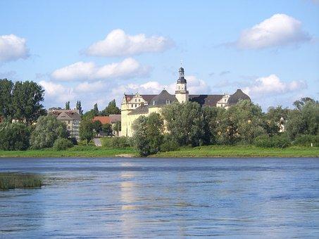 Coswig, Elbe, Ferry, Castle