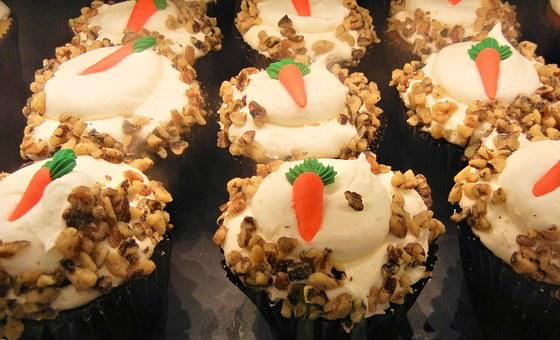 Carrot Cupcakes, Cream Cheese Frosting, Walnuts, Food