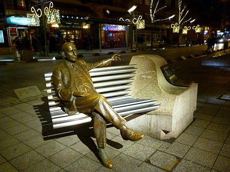 Budapest, Kálmánimre, Statue, Park, Metal, Christmas