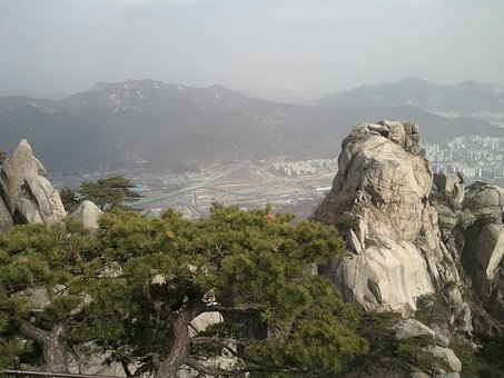 Bukhansan Mountain, Climbing