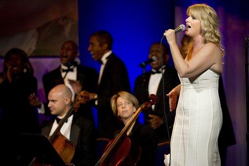 Trisha Yearwood, Country, Music, Singer, Entertainer