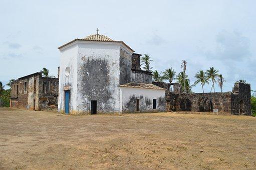 Garcia D'ávila Castle, Strong Beach, Bahia, Brazil