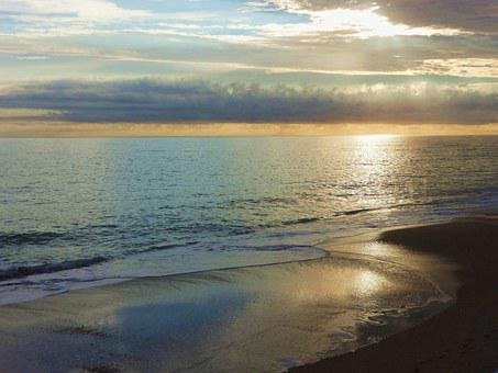 Sunrise On Ocean, Vero Beach, Fl