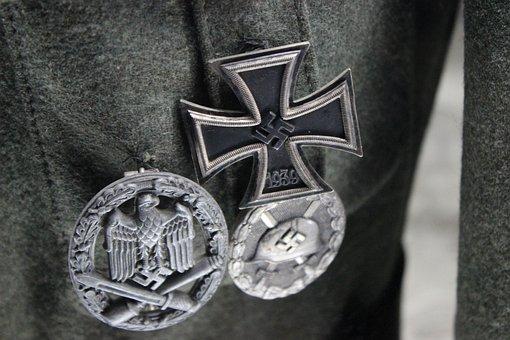 War, Ordina, The Swastika