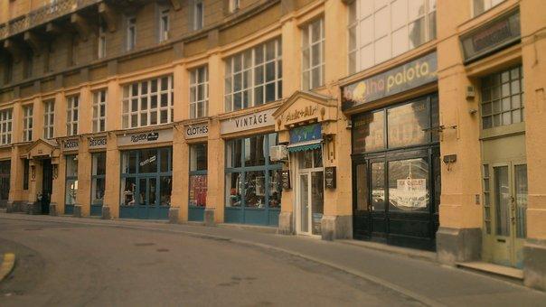 Budapest, Street, Downtown, Anker Public, Nostalgia